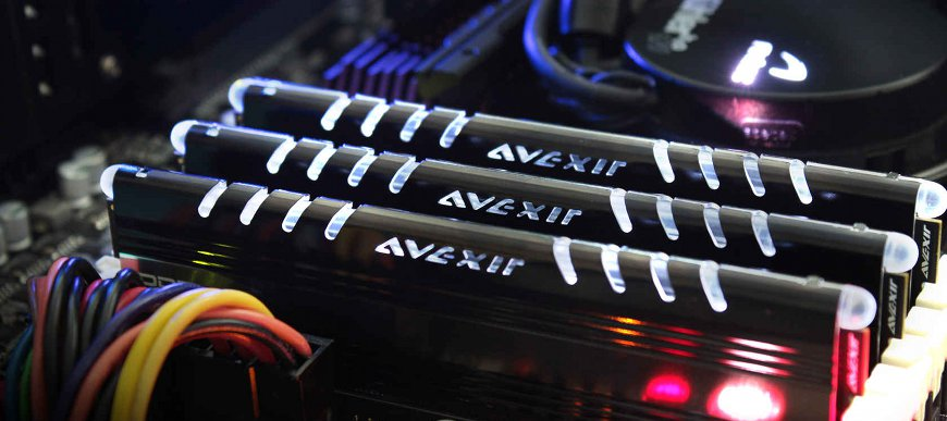 Paměťové moduly Avexir